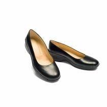 Chaussures de service en salle