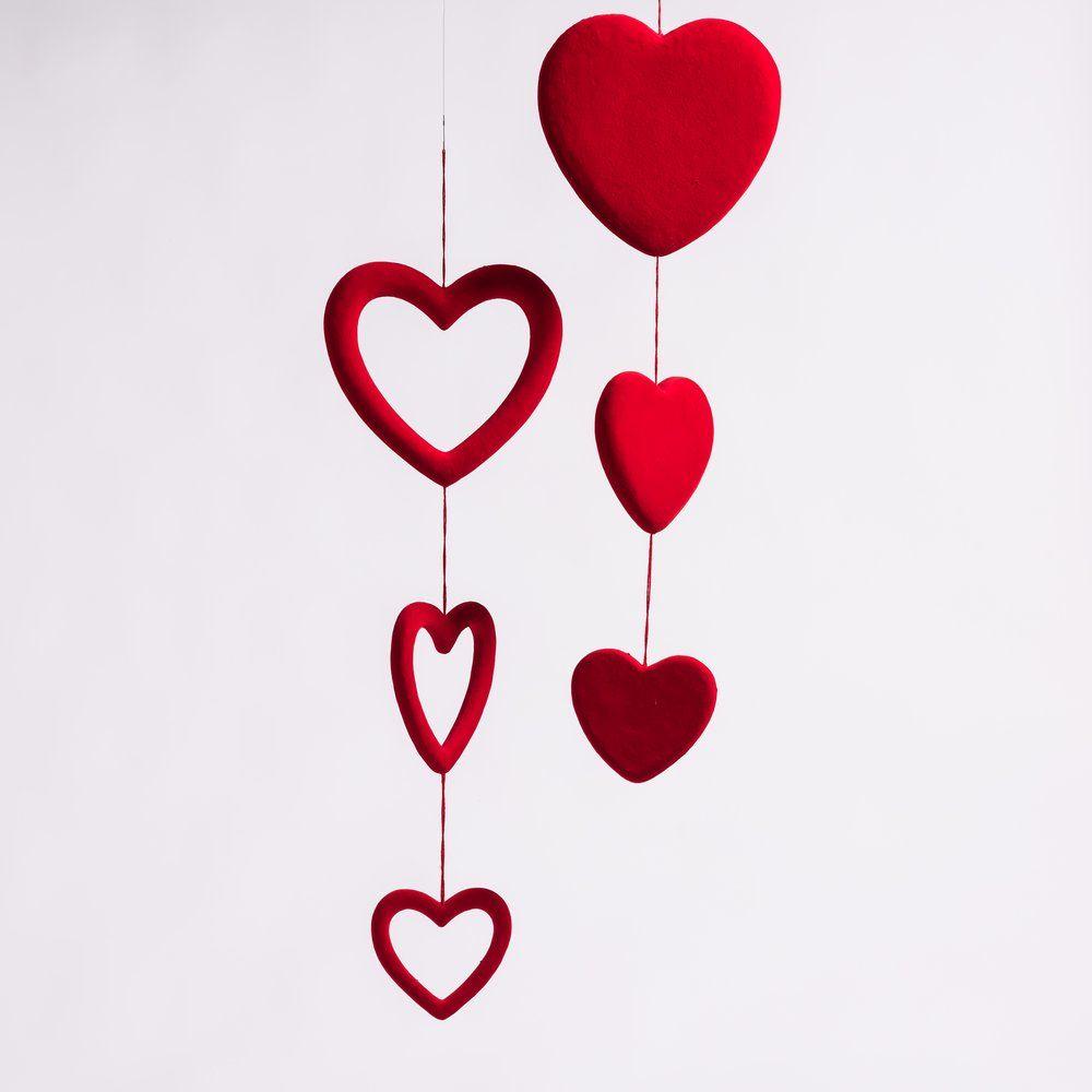 Guirlande de coeurs rouges L 1 m 2 modèles possibles (photo)