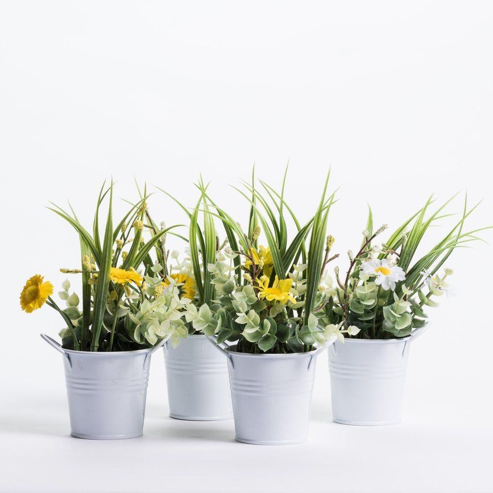 Bouquet de fleurs dans pot zinc H 21 cm - 4 modèles au choix (photo)