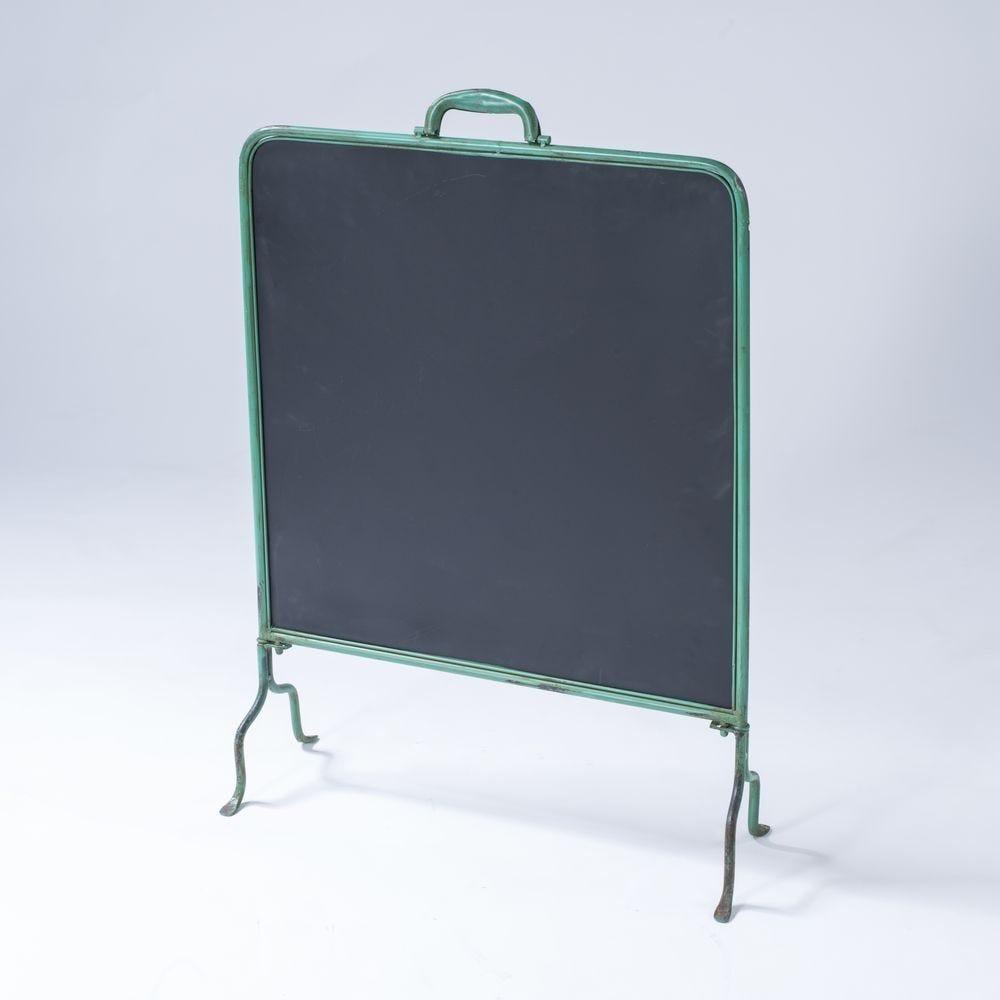 Ardoise sur pied en métal contour vert 61x21.5x88.5cm (photo)