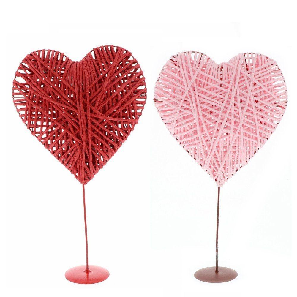 Coeur en rattan sur pied rouge ou rose - 2 modèles possibles (photo)