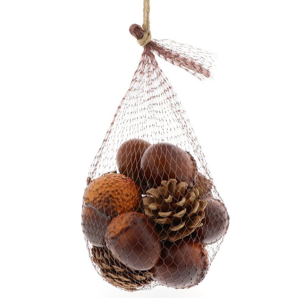 Glands et pommes de pin assortis dans filet - 14 pièces (photo)