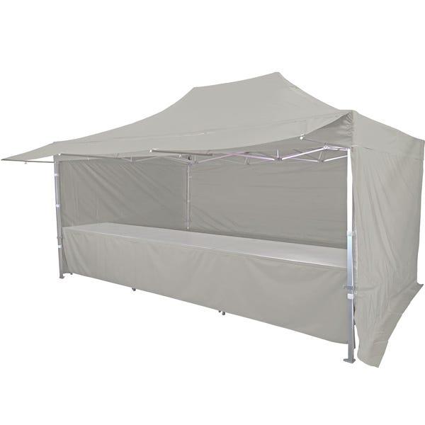 Stand tente pliante alu 300x450cm avec 3 murs, 3 tables + auvent - gris clair