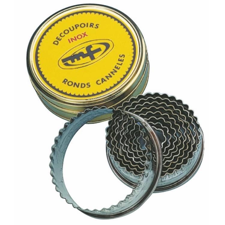 Boite 9 découpoirs ronds cannelés en inox (photo)