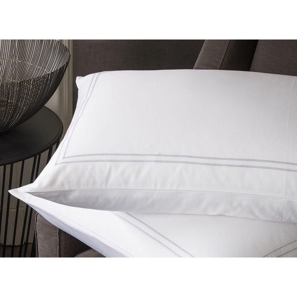 Taie d'oreiller bourdon blanc 65 x 65 cm - palace (photo)