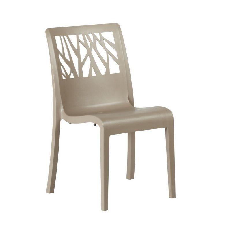 Chaise en résine de synthèse coloris taupe grosfillex - par 17 (photo)