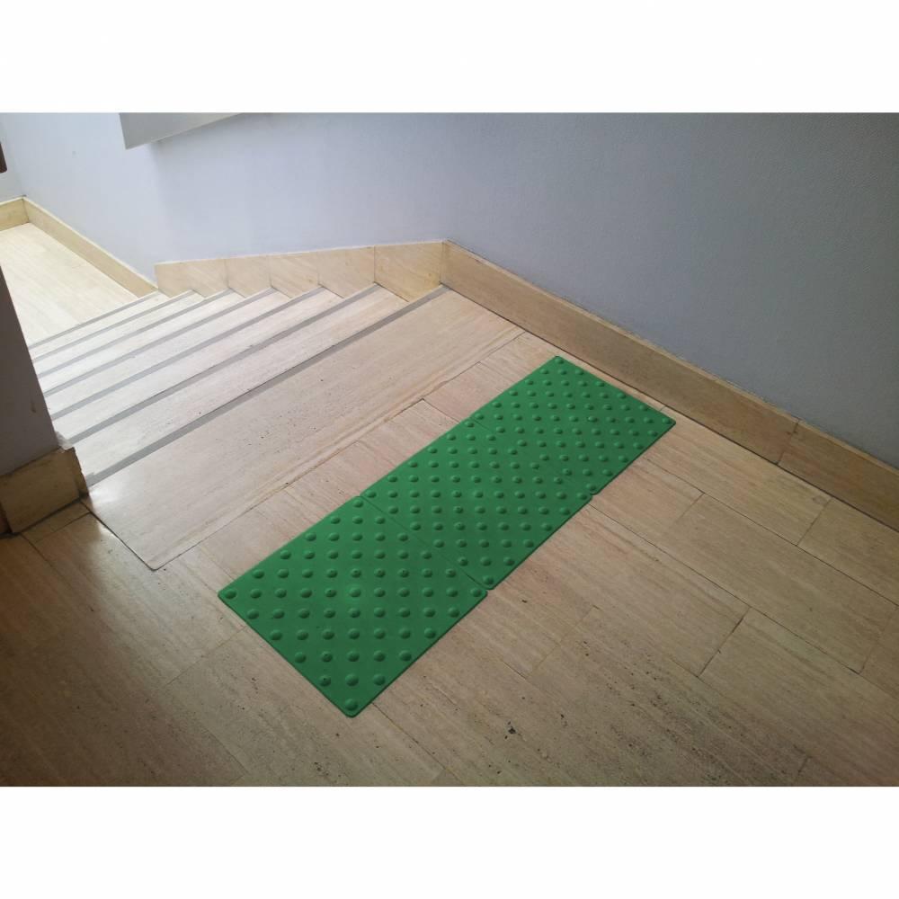 Dalle podotactile intérieure WATELIN - polyuréthane - 825 x 420 mm - Vert foncé