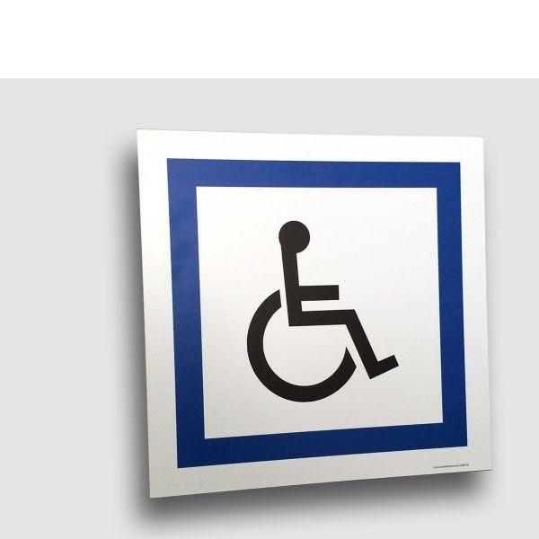 Panneau de circulation en alubidond : stationnement réservé handicapés (photo)