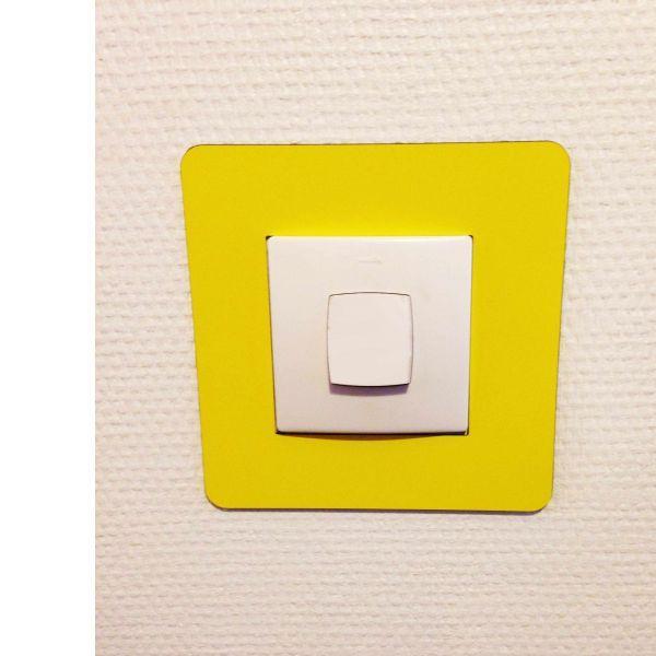 Adhésif carré de repérage des interrupteurs jaune (photo)