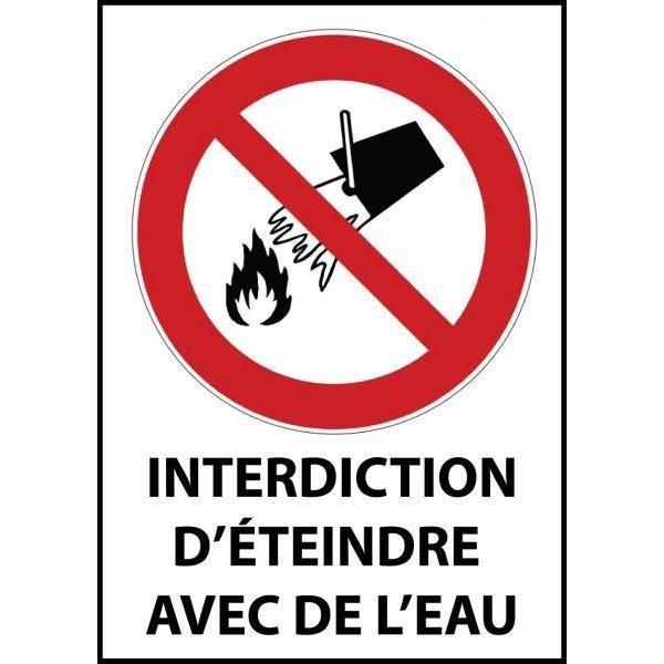 Panneau 'interdiction d'éteindre avec de l'eau' p011 a4 pvc à visser