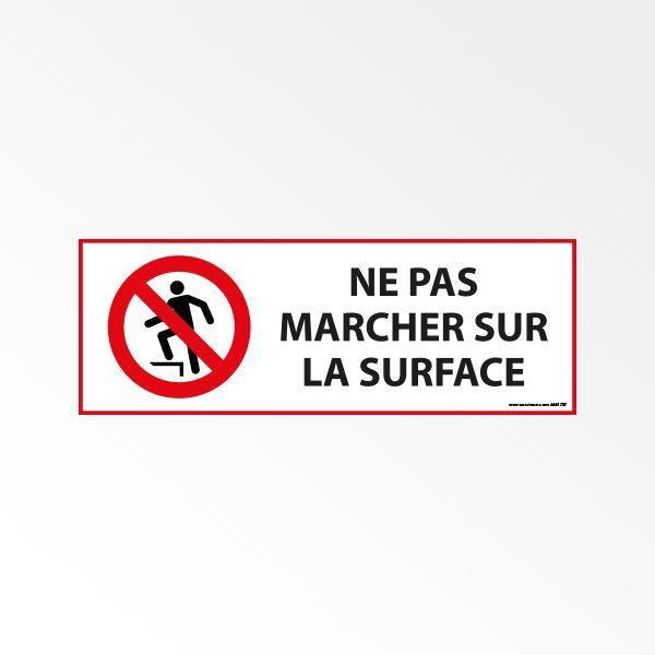 Panneau d'interdiction 'ne pas marcher sur la surface' p019 pvc - 450 x 150 mm (photo)