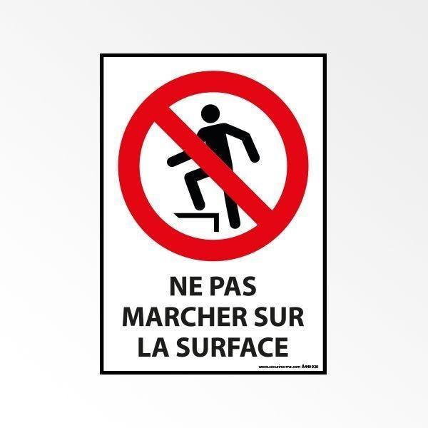 Panneau d'interdiction iso 7010 'ne pas marcher sur la surface' p019 - a4 (photo)